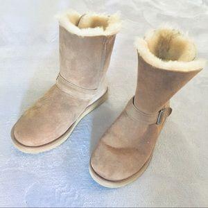 Tan shearling fur faux winter boots